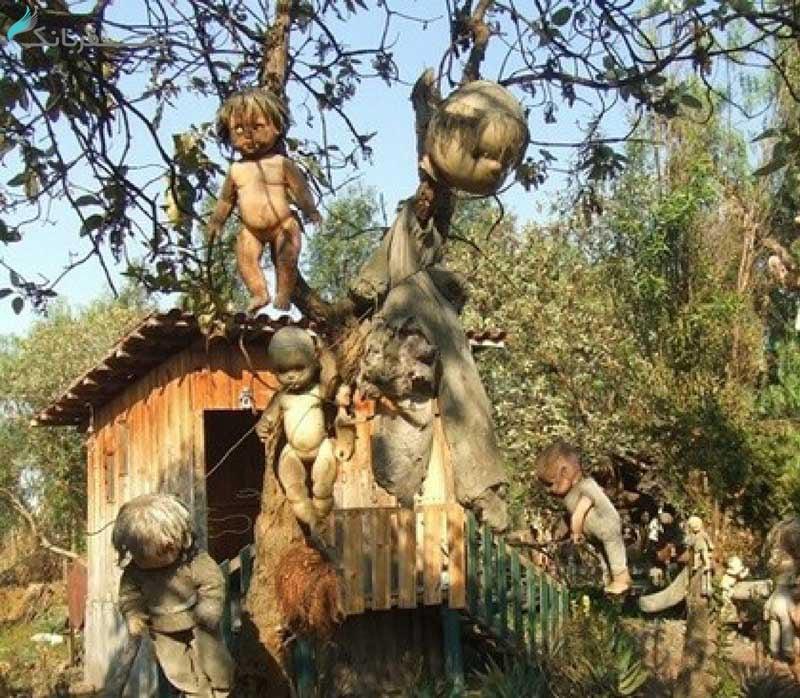 جزیرهی عروسک ها