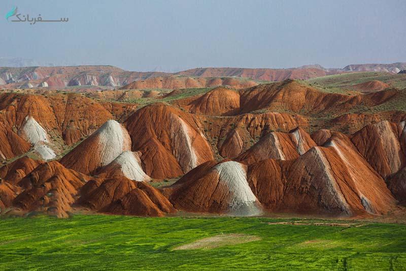 کوهستان رنگی چین