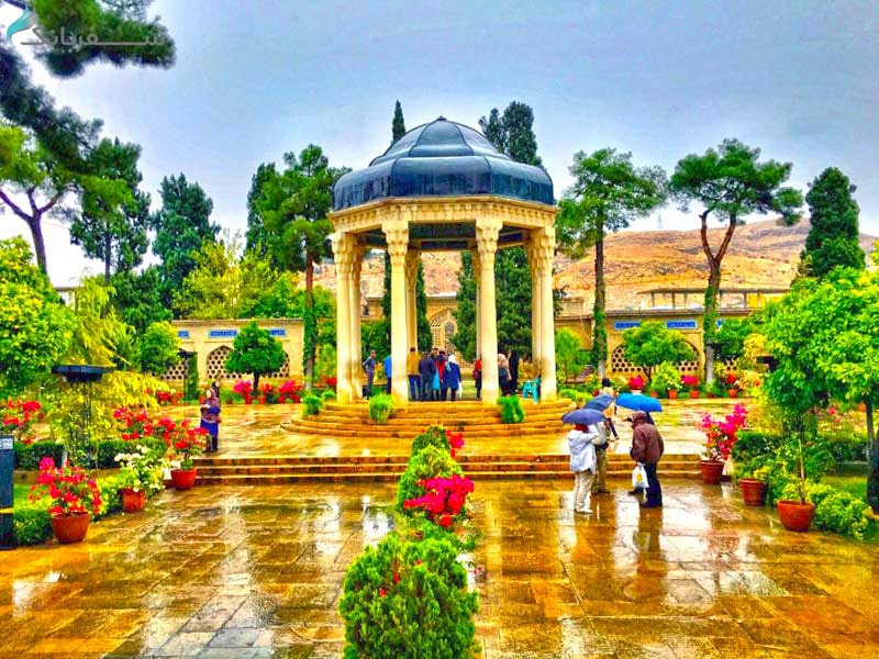 دروازه قرآن شیراز از جاهای دیدنی شیراز