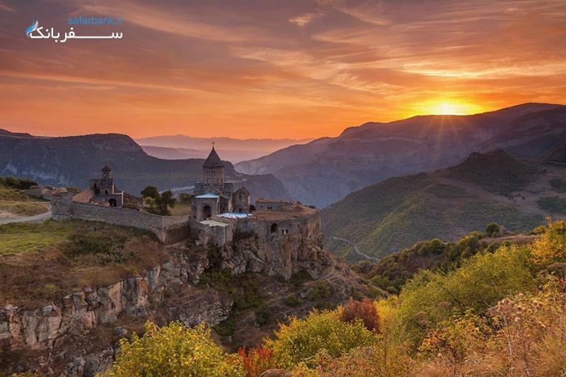 کلیسای خور ویراپ در تور ارمنستان