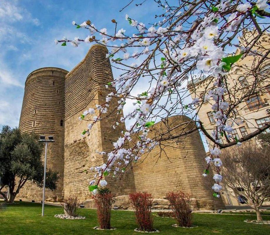برج دختر در باکو آذربایجان