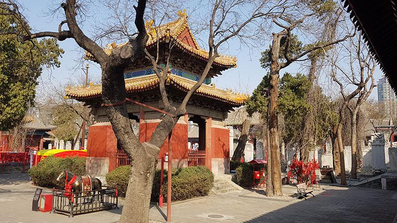 معبد دانگ یو در پکن