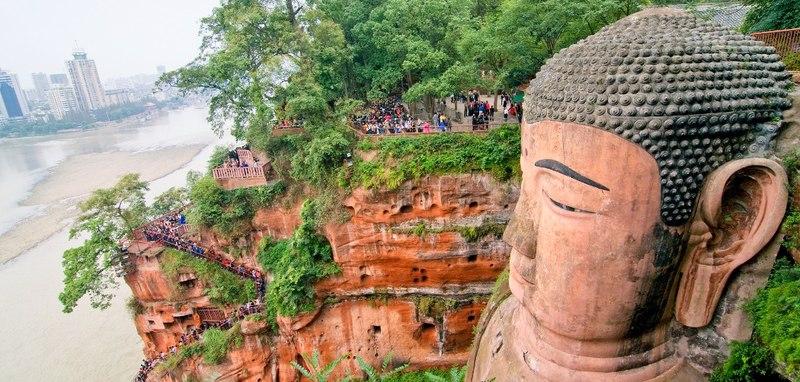 مسجمه بودای لشان ر پکن چین