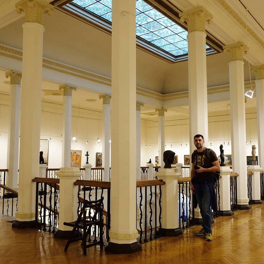 موزه هنری آجارا در باتومی