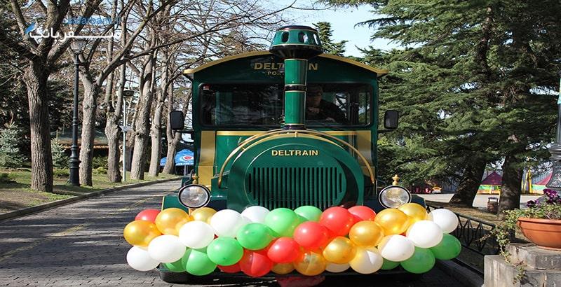 قطار پارک در شهربازی تفلیس گرجستان