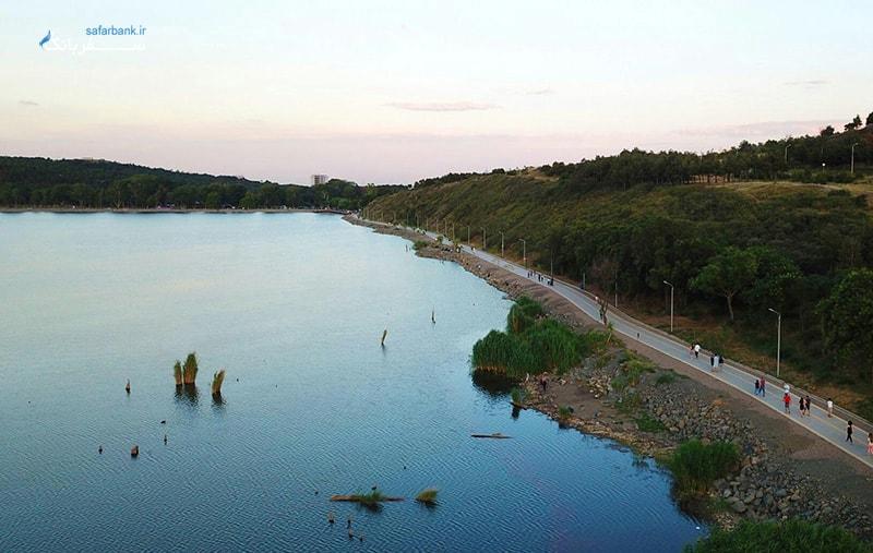 پیاده روی در مسیر دریاچه لیسی تفلیس