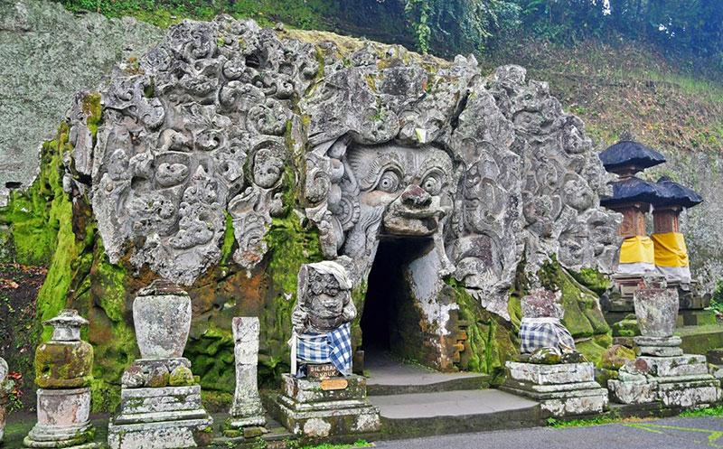 غار فیل در بالی اندونزی