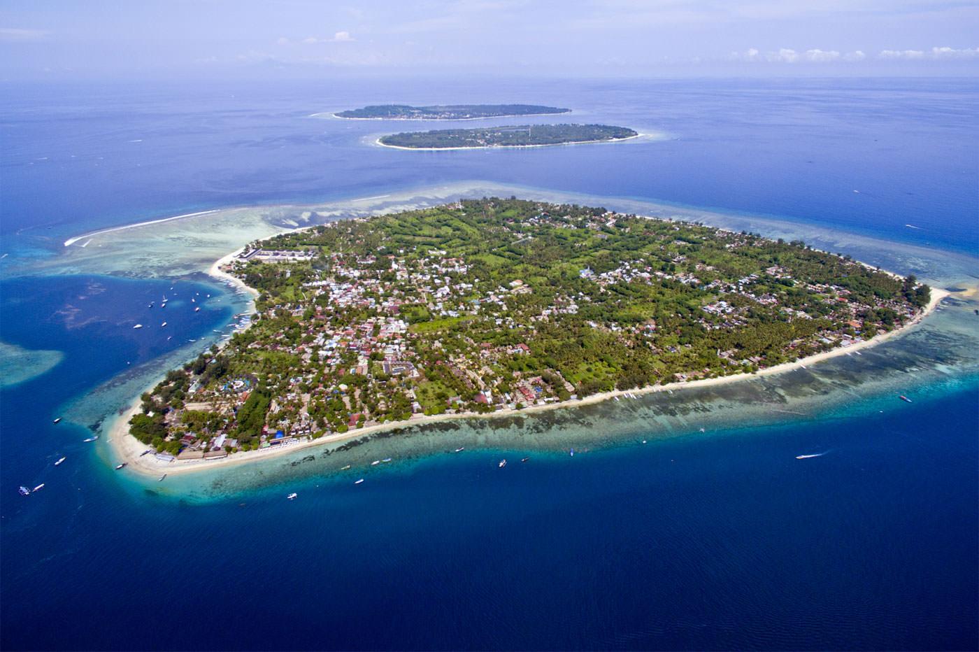 جزیره گیلی ایر از مجموعه جزایر گیلی در بالی