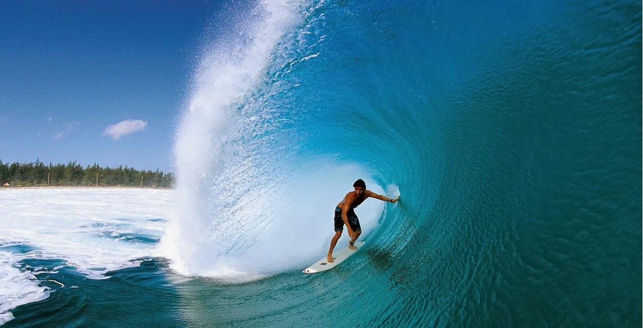 تفریحات آبی بالی ، موج سواری یا سرفینگ در بالی اندونزی