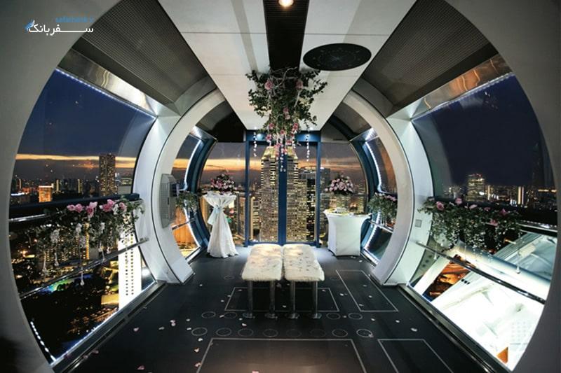 فضای داخل کپسول های چرخ و فلک سنگاپور