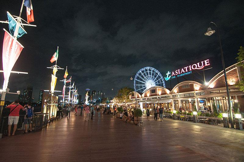 بهترین بازارهای شبانه بانکوک، بازار آسیاتیک د رایور