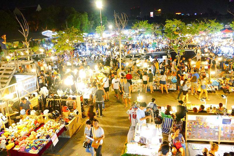 بهترین بازارهای شبانه بانکوک، بازار شبانه جی جی گرین یا وینتیج مارکت
