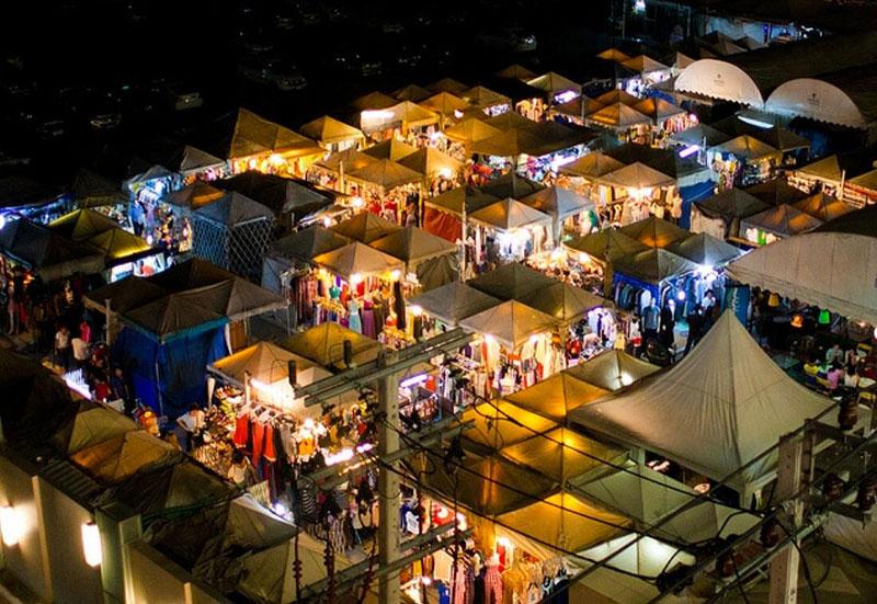 بهترین بازارهای شبانه بانکوک تایلند، بازار شبانه آن نوت نایت مارکت
