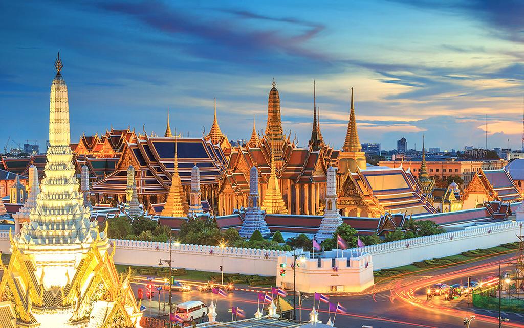کاخ بزرگ از جاذبه های توریستی بانکوک تایلند