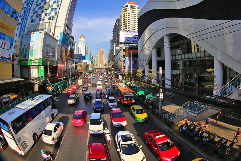 مرکز خرید پانتیپ پلازا در بانکوک، مرکز فروشگاه الکترونیک و فناوذی اطلاعات