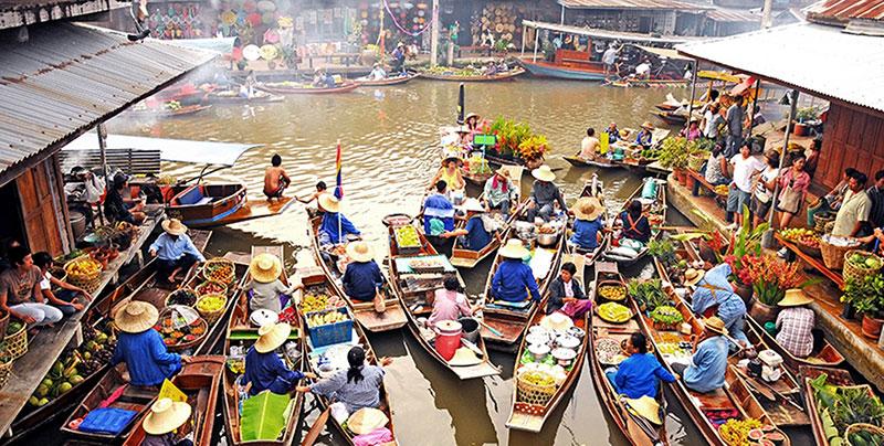 بازارهای روی آب بانکوک، بازار شناور تالین چان