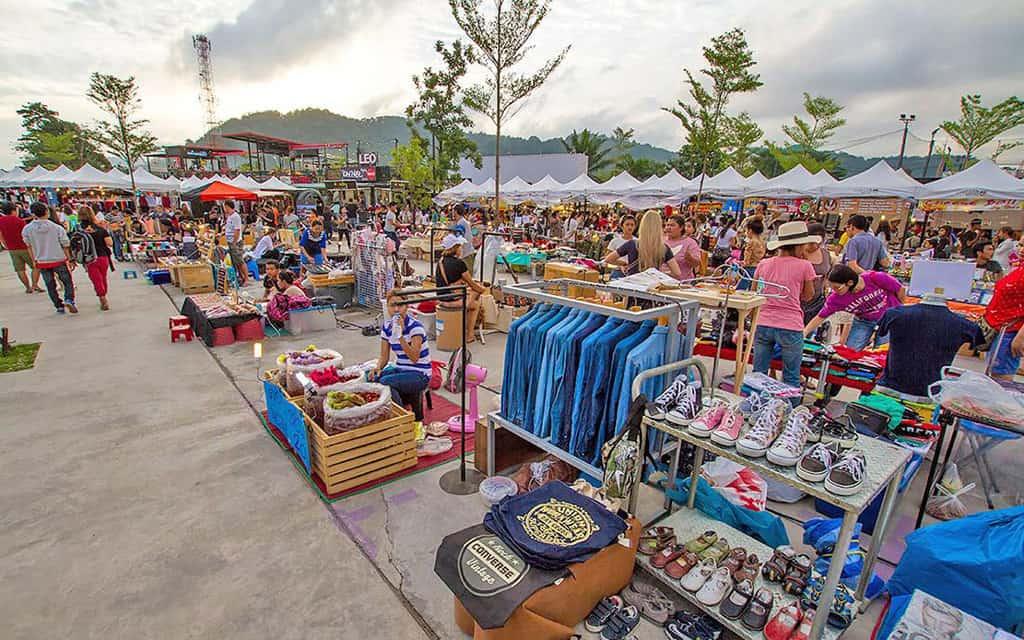 بازار شبانه پوکت، بازارهای ارزان پوکت، بازار چیلوا