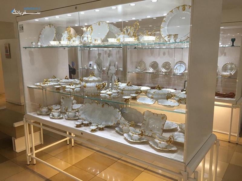 ظروف چینی در کلکسیون نقره سلطنتی کاخ هافبورگ