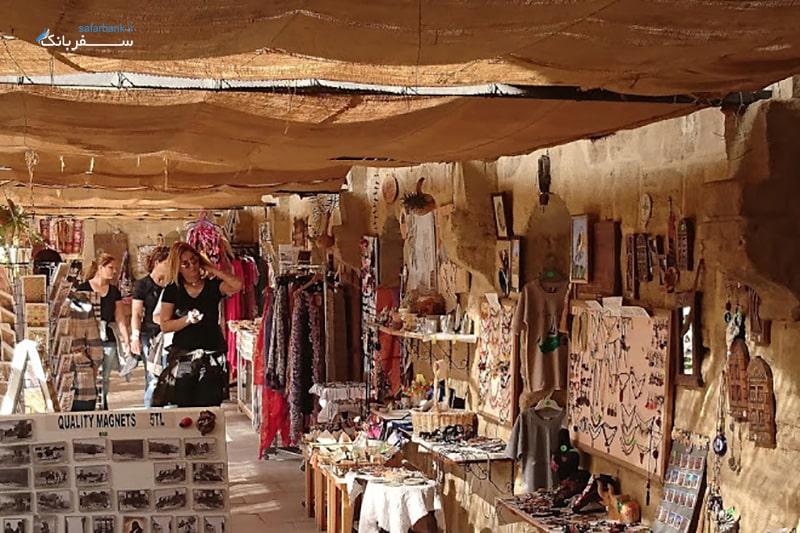 فروشگاه و مغازه سوغات در کاروانسرای بویوک هان