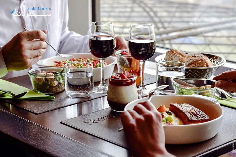 غذاهای فرانسوی در رستوران 58 برج ایفل