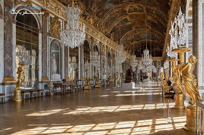 تالار آینه ها در باکاخ ورسای پاریس