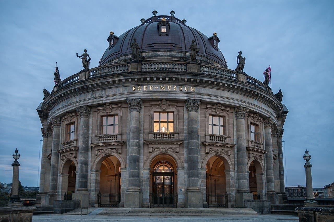 جزسره موزه برلین و آثاری از ایران