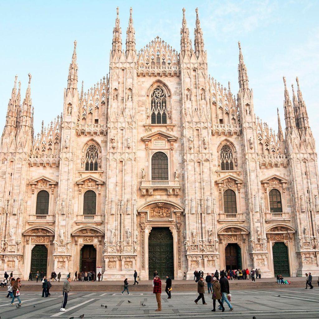 کلیسای جامع میلان از دیدنی های این شهر