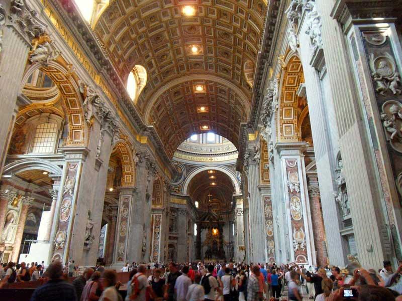 بازدید از کلیسای سنت پیتر در ایتالیا