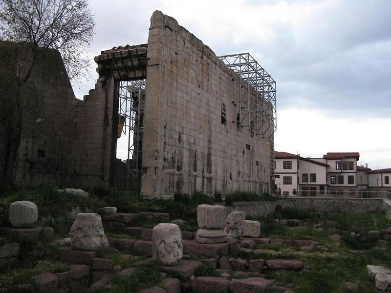 معبد آگستوس در آنکارا ترکیه