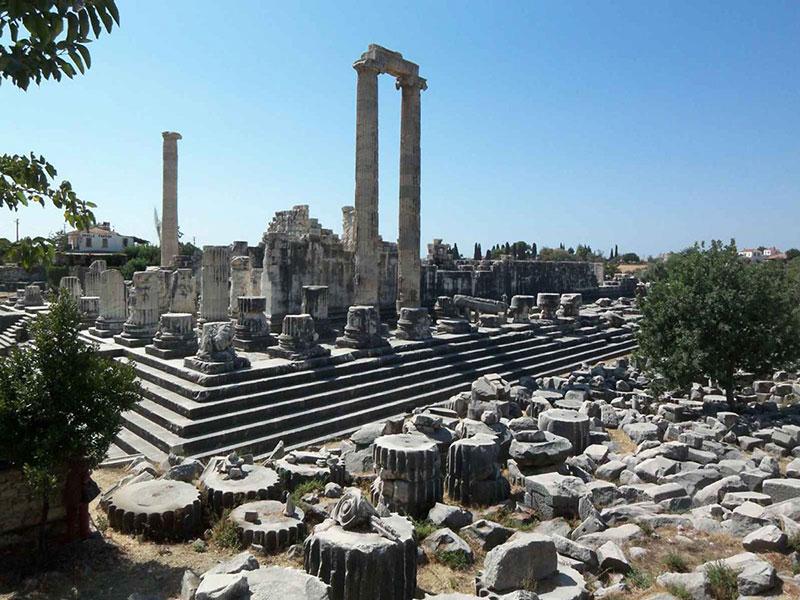 معبد آپولو در دیدیم ترکیه از مقاصد گردشگری تور ترکیه
