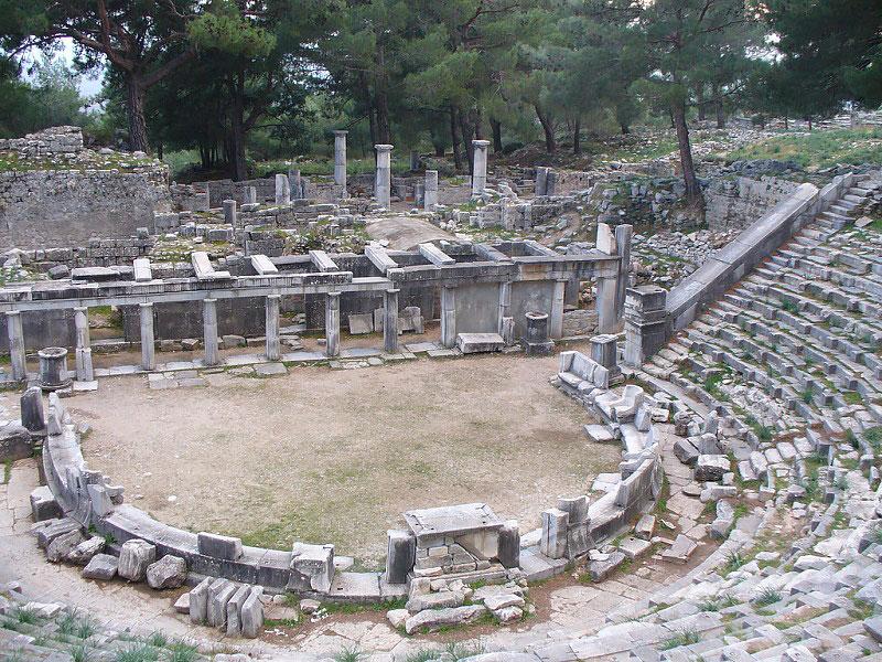 شهر باستانی پرینه از جاذبه های تاریخی ترکیه