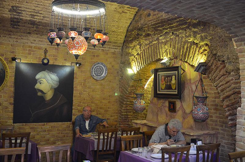 بازار بزرگ استانبول از دیدنی ترین جاهای دیدنی ترکیه