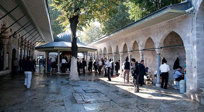 مسجد کلیچ علی پاشا