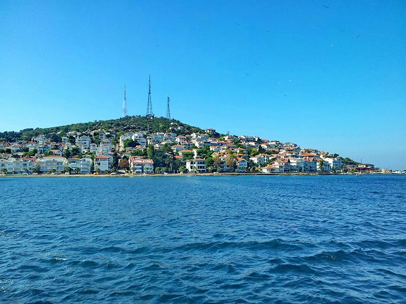 جزیره کنیالی آدا در تور استانبول از دیدنی های ترکیه