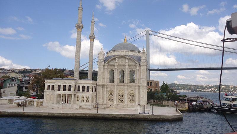 مسجد مجیدیه استانبول ترکیه