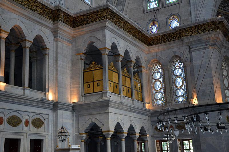 مسجد رستم پاشا در استانبول