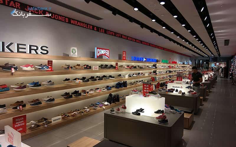 مرکز خرید جواهر استانبول، کفش