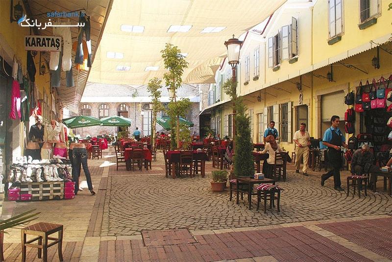 بازار کمرالتی در شهر ازمیر ترکیه