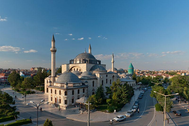 موزه مولانا از اماکن دیدنی قونیه در ترکیه