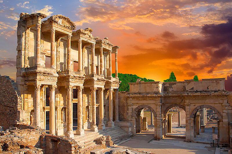 شهر باستانی میلتوس در تور گردشگری کوش آداسی