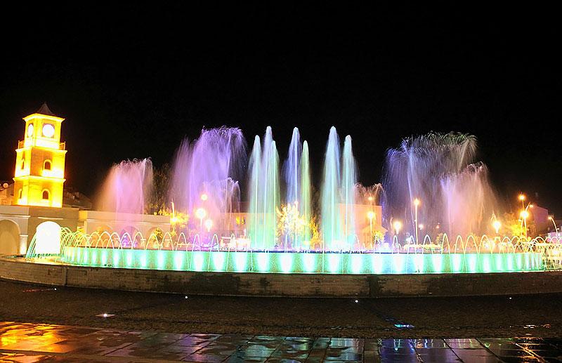 میدان جوانان در شهر مارماریس ترکیه