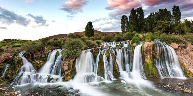 جاهای دیدنی شهر وان ترکیه، آبشار کانیس پی وان