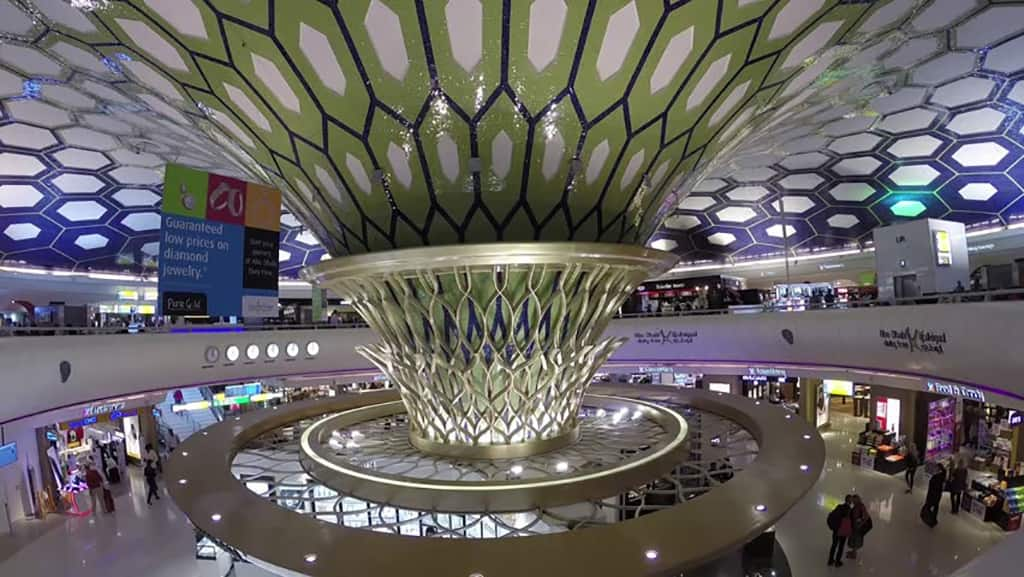 دبی دیوتی فری بزرگترین فروشگاه خرده فروشی فرودگاهی جهان