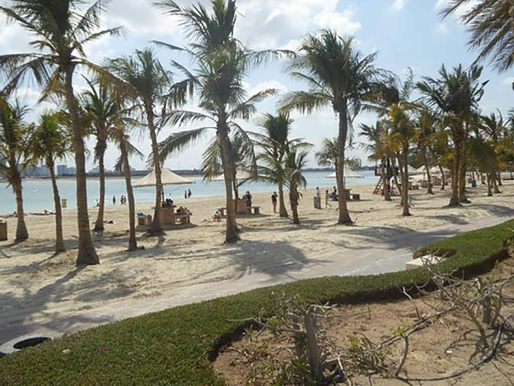 پارک ساحلی الممزر محبوب ترین ساحل شهری دبی