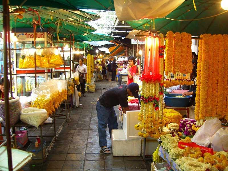 بازار گل بانکوک، بازاری رنگارنگ