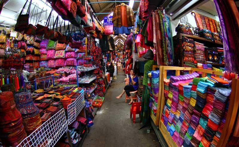 بازار آخر هفته چاتوچاک در بانکوک تایلند