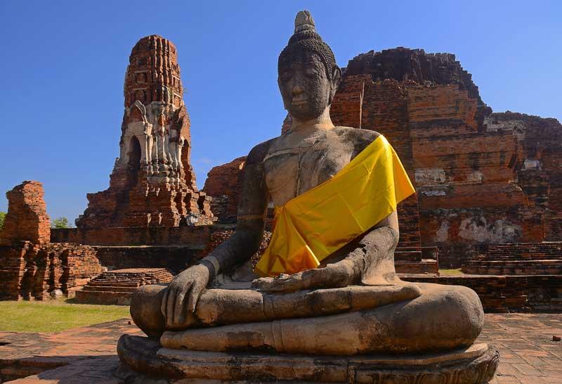 معبد ماهاتاد از آثار باستانی تایلند