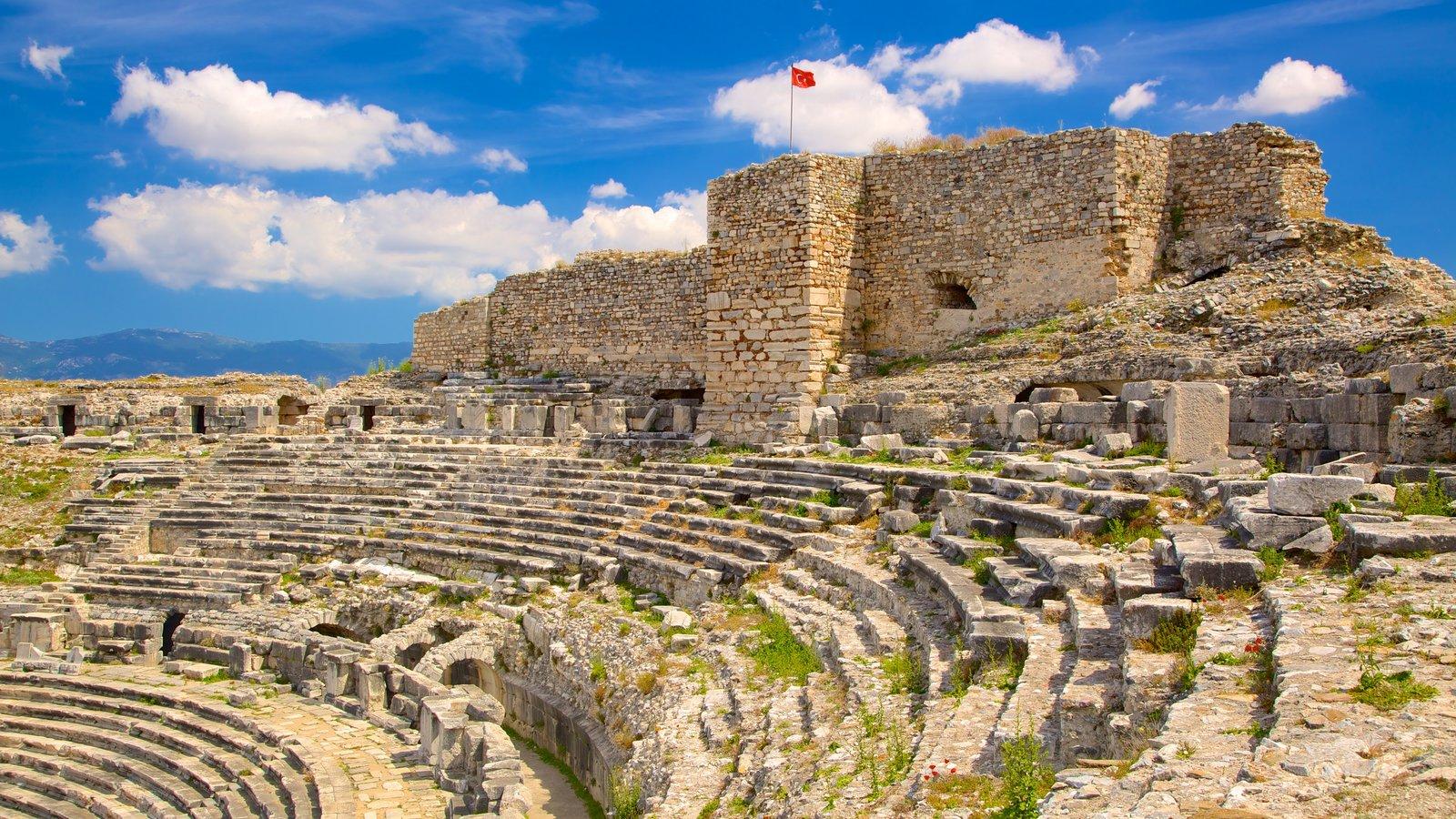 شهر باستانی میلتوس واقع در ترکیه – کوش آداسی