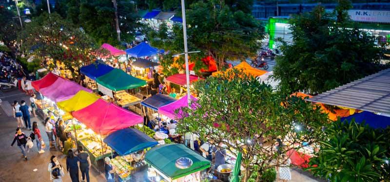 بازار بنزان پوکت، بازاری محلی با مواد غذایی خوشمزه