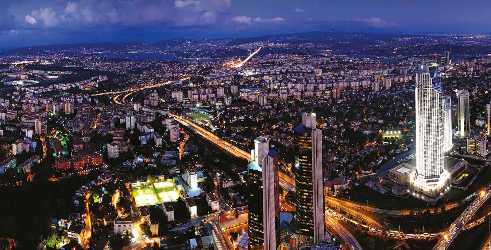 مجتمع و مرکز خرید سفیر برای افراد تازه وارد به استانبول